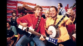 'Hee Haw' host and country music legend Roy Clark dies at 85